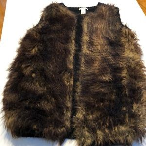 Faux fur and sweater vest, H & M, Size Small.